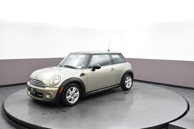 Pre-Owned 2011 MINI Cooper Hardtop