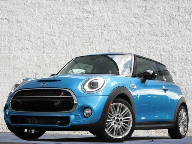 Pre-Owned 2019 MINI Hardtop 2 Door S