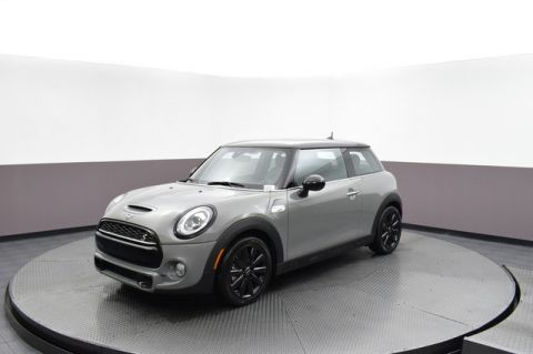 Pre-Owned 2019 MINI Hardtop 2 Door Iconic